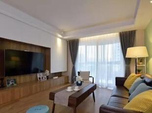 ▲无主灯设计,电视背景墙充分满足储物需求,客厅,