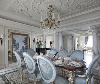 法式别墅装修设计的浪漫与...
