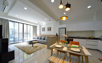 现代风格浅色温馨复式楼室内装修效果