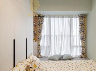 ,卧室,白色,原木色,窗帘,飘窗,收纳,工作台,
