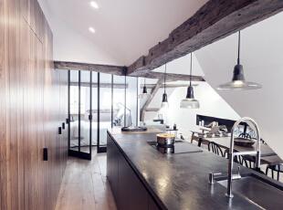 时尚与经典,将两个公寓打造成法式风格