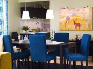 狭窄空间可以拥有美丽餐厅,