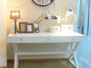 尼克爱家 书桌 电脑桌 书柜 实木饰面 简约时尚 可定制 卡瑞滋,书架,