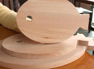 『韩国进口家居』mc2048 厨房实用鱼鱼形状抗菌榉木砧板 三种尺寸,刀架和砧板,