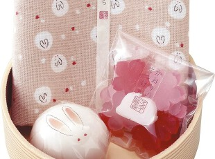 【兔兔好萌物】日本进口樱花雪兔洗颜皂手帕礼盒(小),创意礼品,
