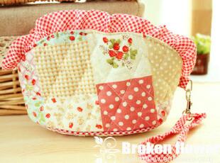 美丽说推荐可爱田园草莓荷叶边化妆包零钱包收纳包杂物包小拎包,化妆包,