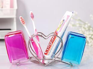 欧润哲 包邮不锈钢创意心形牙刷架+情侣杯对杯子塑料杯子 套装,