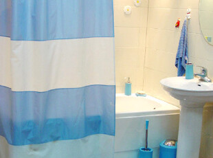 瑞士品牌 SPIRELLA Melody蓝色与白色相拼 加厚防水浴帘 送金属环,