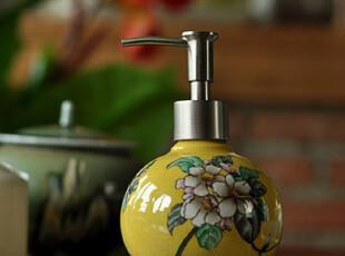 [东游记.粉彩瓷]手绘描花苹果花与蝶裂纹瓷乳液器/洗手液瓶,