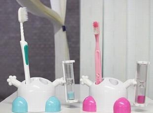 『韩国进口家居』n0095 超特别的沙漏款牙刷架 两色,