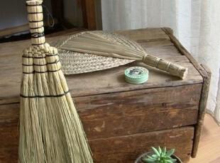 素朴生活用品 天然传统手制植草床扫 除尘扫,