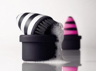 丹麦Menu 丰富泡沫 斑马色 厨房清洁小刷子 喜刷刷 4800639,