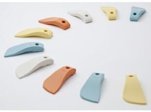 日本山崎comdor康多多 带吸盘硅胶厨房用刮器(刮盘子、碗等),
