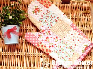 美丽说推荐绗缝草莓小方格田园布艺微波炉手套隔热手套,围裙,