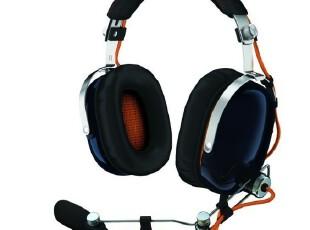雷蛇战地3 Razer BlackShark 旋风黑鲨头戴式耳机 预订,数码周边,