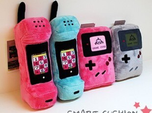 【雯の屋】韩国HTB iPhone 4/4s 创意毛绒抱枕手机套 支架-8款选,数码周边,