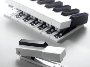 台湾 顽石创意设计 听见乐世界 黑白钢琴键订书机,文具,