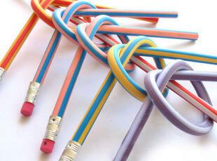 神奇软铅笔,不会折断的铅笔 条纹多彩 18CM长 10克,文具,