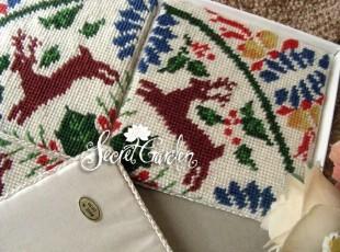 [白色莫奈]特惠*四件装出口美国玫瑰园纯新羊毛绒绣杯垫组之小鹿,杯子,
