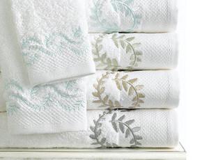 美国进口-白色卷轴藤叶绣花有机纯净棉浴巾 柔软 吸水性强 国内现,毛巾,