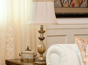 芮诗凯诗 埃莉诺款欧式复古白色树脂台灯 卧室床头台灯 装饰台灯,灯具,