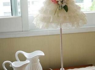 『韩国网站代购』朴素白色的大变身 小优雅感觉的蕾丝裙子台灯,灯具,