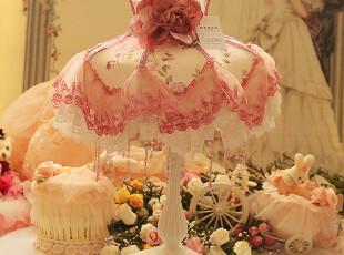 蕾丝台灯卧室布艺公主房新结婚礼物婚房庆床头台灯可爱田园风格,灯具,