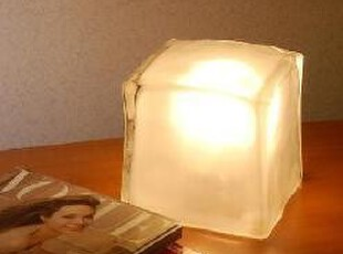 包邮 欧美时尚家居冰块台灯冰块灯 玻璃灯 落地台灯 低价出售,灯具,