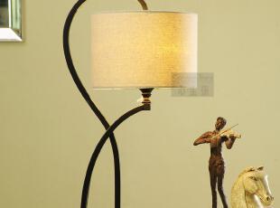 【心主张】现代简约铁艺台灯 创意台灯具 客厅卧室床头灯 3031,灯具,