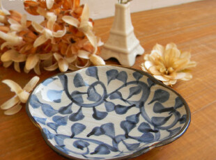 日式 zakka 和风手绘 蓝色 卷叶纹 四瓣小碟 点心碟 调味碟,盘碟,