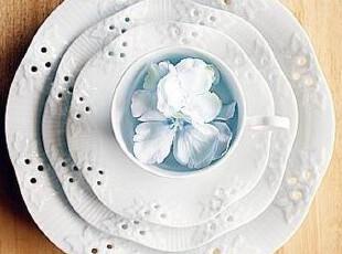 【韩国进口家居】A343 *公主唯美镂空浮雕花纹*点心盘\餐盘,盘碟,