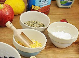 杰米.奥利弗 陶瓷 小碗 有刻度 小量杯 量碗 3色,碗盆,