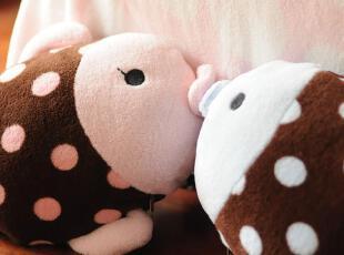 可爱Kiss亲亲鱼 卡通多用 情侣款小抱枕 小毛毯 2色选,空调毯,