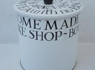 淘宝低价 英文字母风 妙不可言 饼干零食收纳铁盒铁桶铁罐,铁盒,