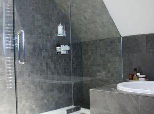 2013-04-01 21:13:01,现代主义,浴室,