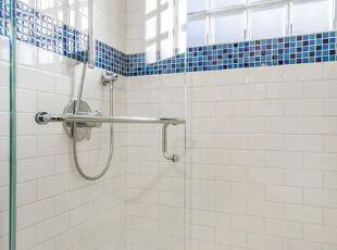 2013-04-06 14:59:37,地中海风情,浴室,