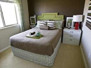 床榻物语:三分大胆,七分精致,卧室,现代,白色,绿色,