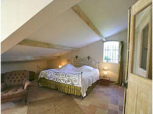 优质睡眠,简约生活,卧室。阁楼,简约,绿色,
