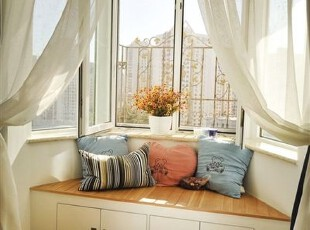 纱幔随风而动,心情的指针随阳光而轻移,享受休闲的片刻,留住放空的瞬间,飘窗,窗帘,简约,小资,白色,