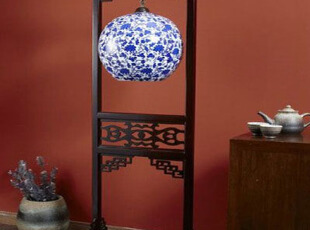 极具中国风格的的装饰品,中式,原木色,蓝色,白色,