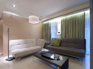 家具的挑选亦是现简约的款式延伸,展现利落个性。,客厅,现代,简约,淡绿,清爽,