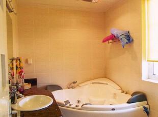,卫生间,黄色,