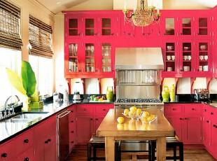 厨房也要有颜色