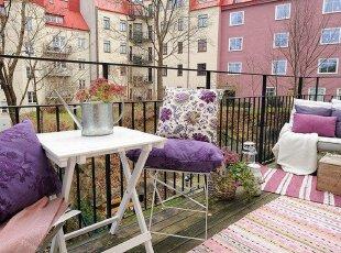 阳台,晒太阳谈心,享受阳光