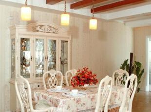 一款美式乡村设计-饭厅