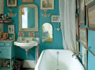 白蓝色卫生间