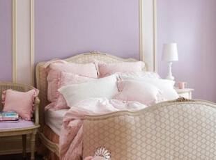 淡紫色和粉色结合的卧室