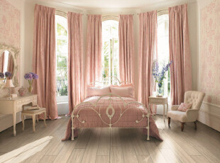 粉色的欧式公主房