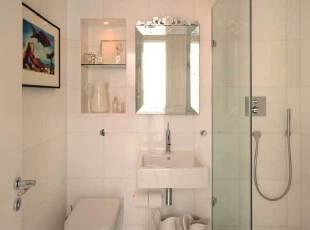 纯白色海格特复式公寓