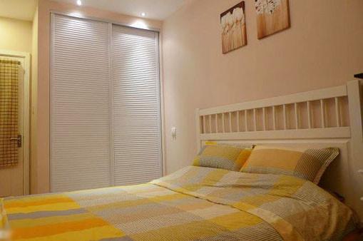 卧室壁柜欧式风格效果图